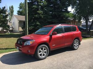 2006 Toyota RAV4 Limited 7 Seater