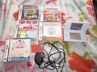 WHITE NINTENDO DS LITE BUNDLE,5 GAMES,CHARGER