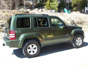 2009 JEEP LIBERTY SPORT NORTH EDITION  4 X 4