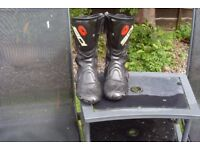 SIDI VERTIGO BOOTS IN EXCELLENT CONDITION