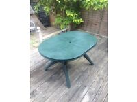 Green easy build outdoor table