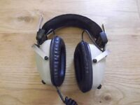 Realistic Nova Pro vintage hi-fi stereo headphones with Left/Right Volume Controls