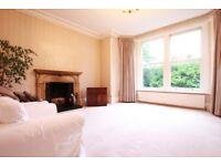 2 bedroom flat in The Drive, Wimbeldon, SW20