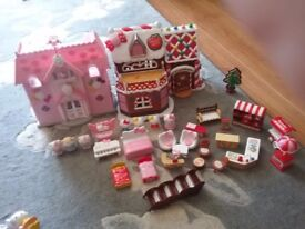 Hello kitty gingerbread cafe and house with figures