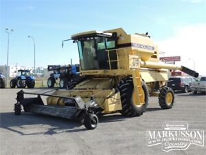 1994 New Holland TR97 Combine - Terrain Tracer, Pick-Up Head