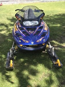 2002 skidoo summit 800R with reverse