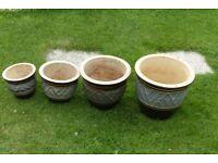 Set of flower pots