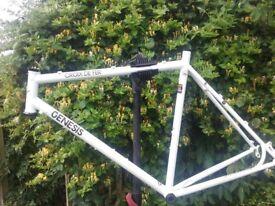 Genesis Crois De Fer frame and bars