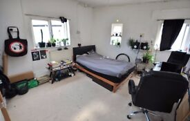3 Month sublet available from 15th October.
