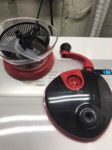 Hand Crank Salad Spinner and Food Chopper
