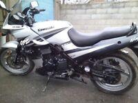Kawasaki gpz 500 twin vgc mot 3/18