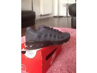 Max 95's size 5 brand new