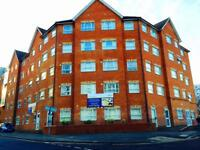1 bedroom flat in Manor Road, Town Centre