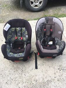 2 car seats $75 each