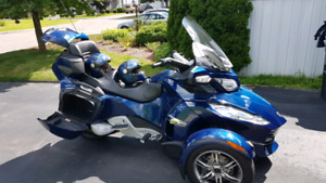 2010   Can-Am Spyder RT-S (sm5) Touring