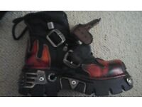 Boots-Flamed New Rocks Size 4