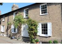 Beautiful Grade II, 2 Bed, Georgian House in Cambridge City Centre for Rent (with parking)