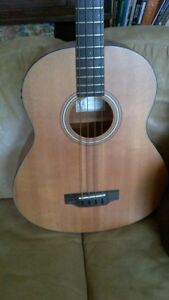 larrivee acoustic bass guitar