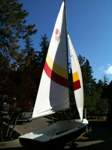 Bombardier 4.8 sailboat with nice road ready trailer.