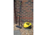 Kaercher SC3 Steam cleaner, almost new, complete with attachments