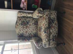 Love Seat and 2 Armchairs
