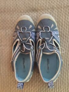 Sketchers water shoes.