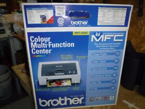 Imprimante  Brother comme neuve 6 dans 1