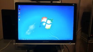 Samsung Syncmaster 226 BW monitor for sale!