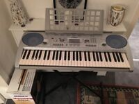 Yamaha PSR-275 Electric Keyboard