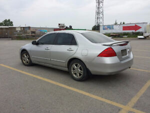 2006 Honda Accord Sedan, Leather, loaded.