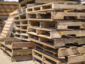 Shipping Pallets, many sizes, great condition