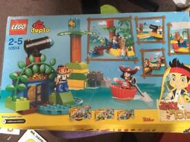 LEGO DUPLO Jake and the Neverland Pirates Jakes Pirate Ship Bucky