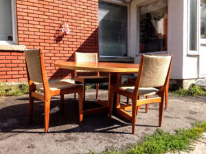 Mobilier Salle a Manger TECK Mid Century 4 Chaises