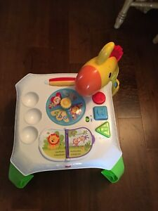 Fisher price activity table *english and french*