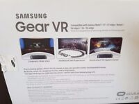 Samsung gear VR 2 Occulus (2016 model) - almost new - with valid warranty