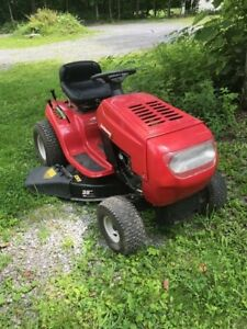 Riding lawn mower fully refurberished