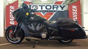 2016 Victory Cross Country 8-Ball Gloss Black