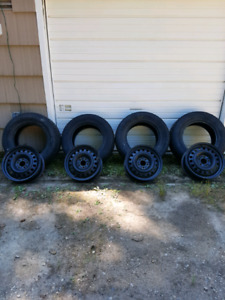 """17"""" Steel rims with sensors and tires"""