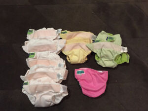 Size Small cloth Diapers