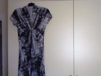 Dress 16/18.......asking just £3 !!