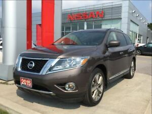 2015 Nissan Pathfinder Platinum, DVDs, Panoramic roof, Navigatio