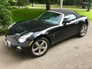Pontiac Solstice with Leather - Perfect with only 21k km
