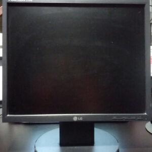 LG Flatron L1751S monitor - works great