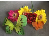 4x Large Artificial Flowers & 2x Butterflies, Wedding/ Party Decorations