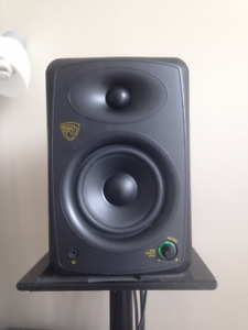 Rockville ASM5 200W Active Studio Monitors w/stands