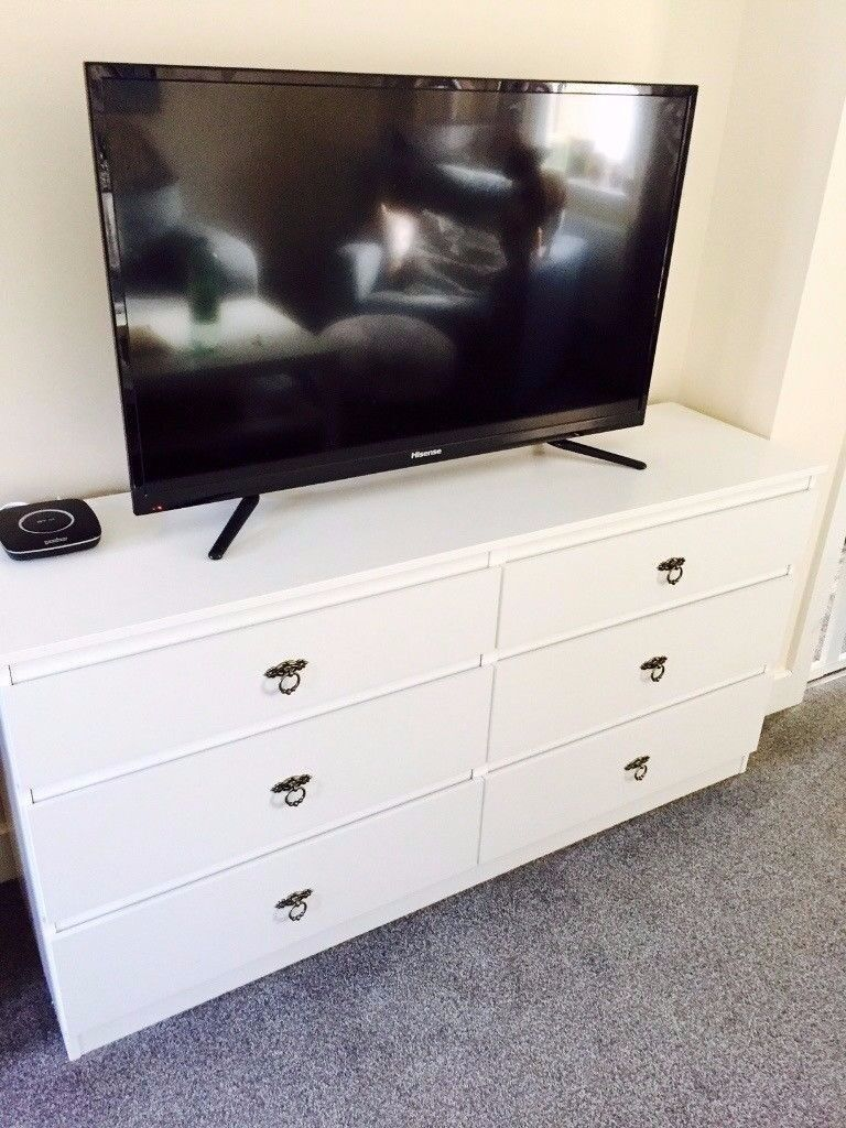 ikea kullen sideboard tv stand chest of 6 drawers white only bought 6 months ago in. Black Bedroom Furniture Sets. Home Design Ideas
