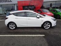 Vauxhall Astra SRI (white) 2016-07-29
