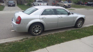 2007 Chrysler 300C HEMI  E-tested  3500 need a truck!
