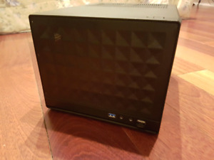 Portable Mini ITX gaming desktop i5 1070 16gb ssd