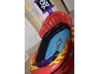 Pirate Paddling pool with inflatable pirate sword
